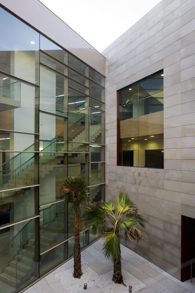 Centro de salud el porvenir sevilla health centre - Arquitectos de sevilla ...