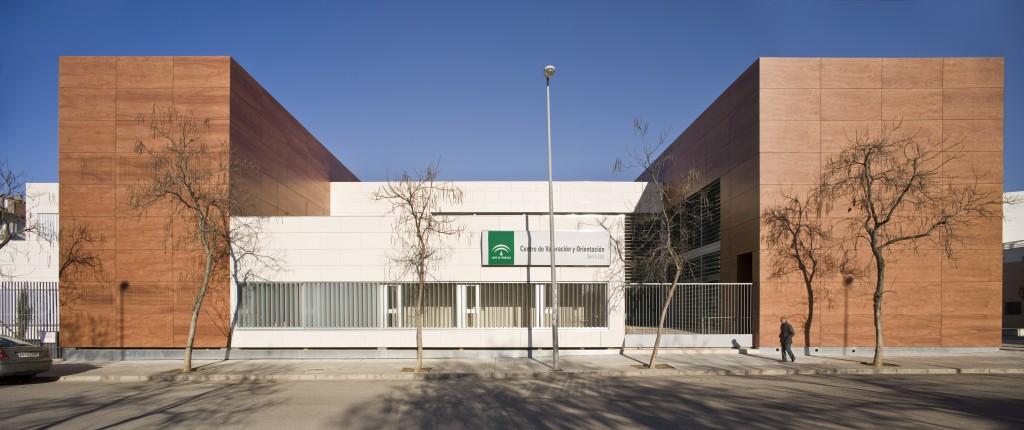 Centro de valoraci n sevilla ii health valuation centre - Arquitectos de sevilla ...
