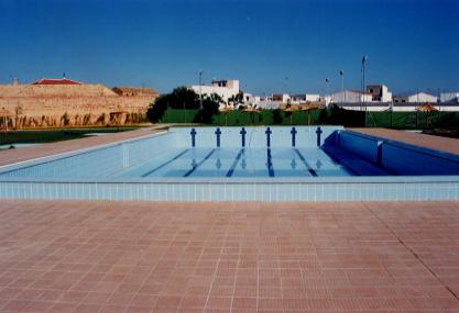 Piscina municipal huevar sevilla albal cordero for Piscina cubierta tomares
